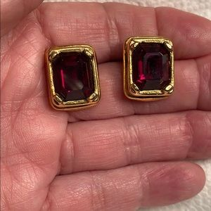 ⚠️New Inventory⚠️  Vintage Ruby Red Earrings